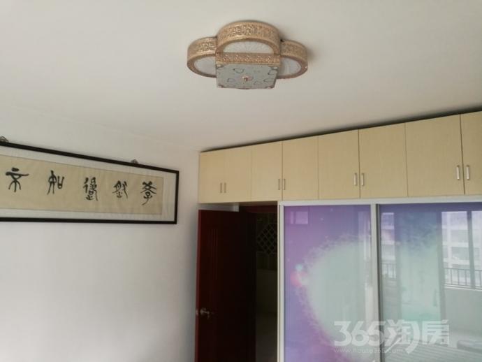 喜盈门花苑3室1厅1卫104平米整租精装