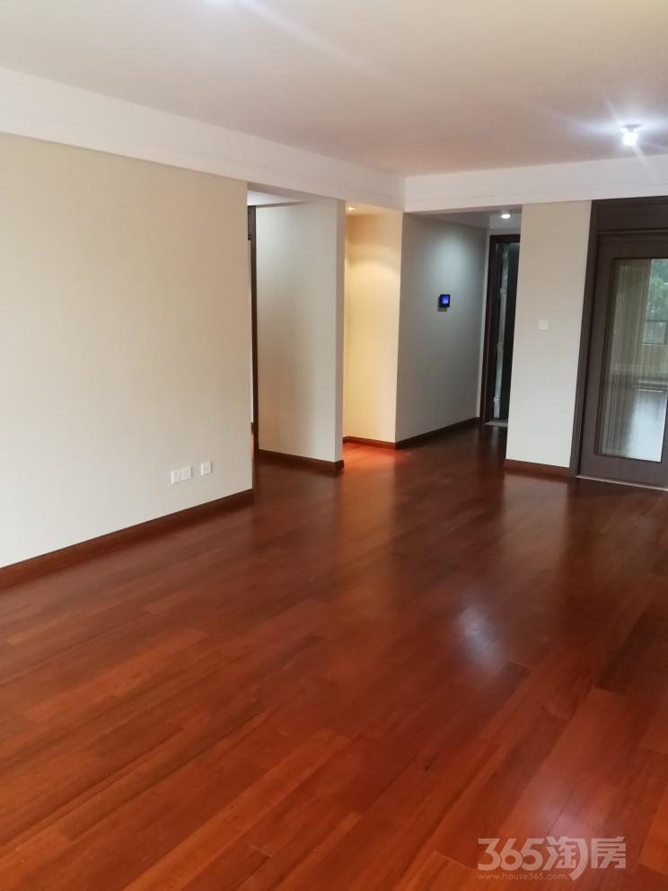 保利朗诗蔚蓝4室2厅2卫137平米2018年产权房精装