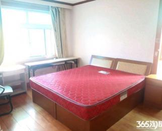 <font color=red>湖滨公寓</font> 单间出租 主卧壁柜 一三号线双地铁