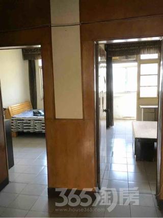 东海五村2室1厅1卫64平米中装产权房1998年建满五年