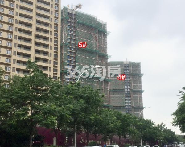九龙仓碧玺高层4#、5#楼实景图(2018.6 摄)