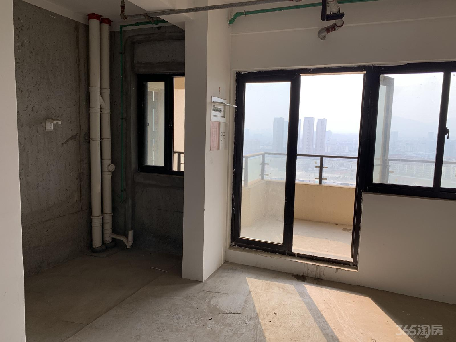 明发新城中心2室2厅1卫75.00㎡129万元