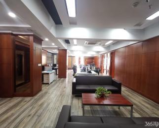 河西CBD 万达广场 万达东坊 豪华装修 地铁口 有家具 直接看