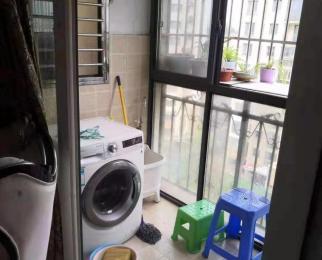 地铁3号线泰冯路站精装居家3房