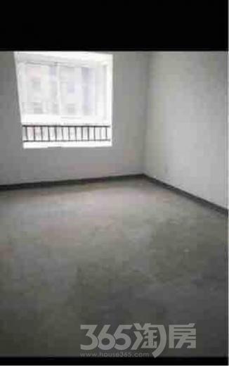 3室2厅1卫110平米整租毛坯
