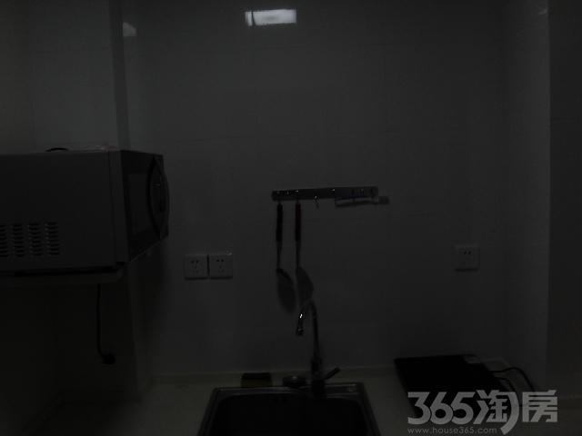 钱江方洲1室1厅1卫55�O整租精装