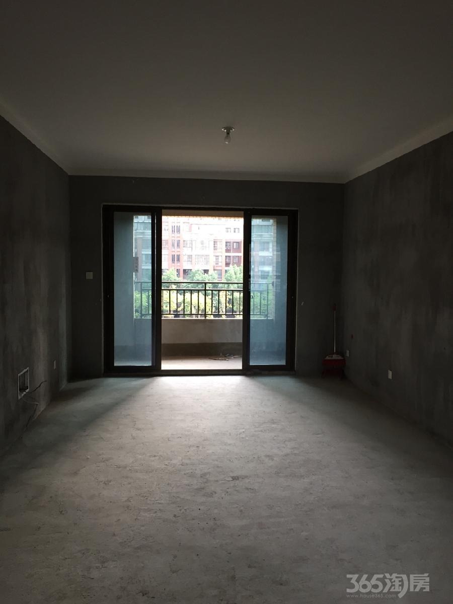 东方明珠3室2厅1卫93.6平米毛坯产权房2016年建满五年