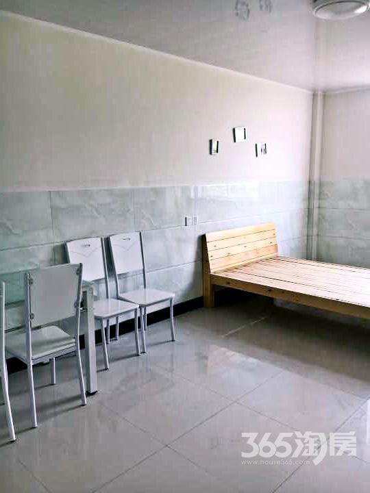 下沙1室1厅1卫40�O整租精装