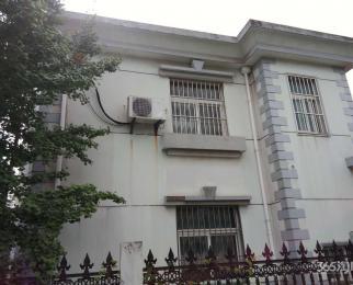 富家庄5室3厅3卫379万元228平方