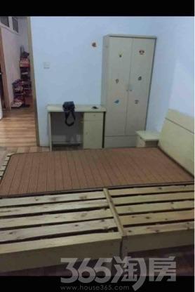 中电颐和家园3室1厅1卫20平米合租精装