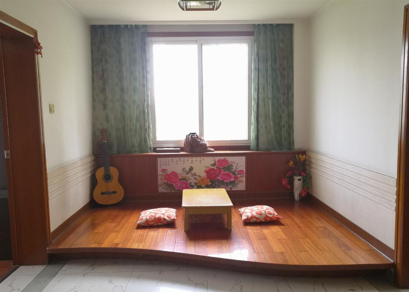 翡翠园 四室两厅 精装修紫气东来 老总楼 采光强 全明户型