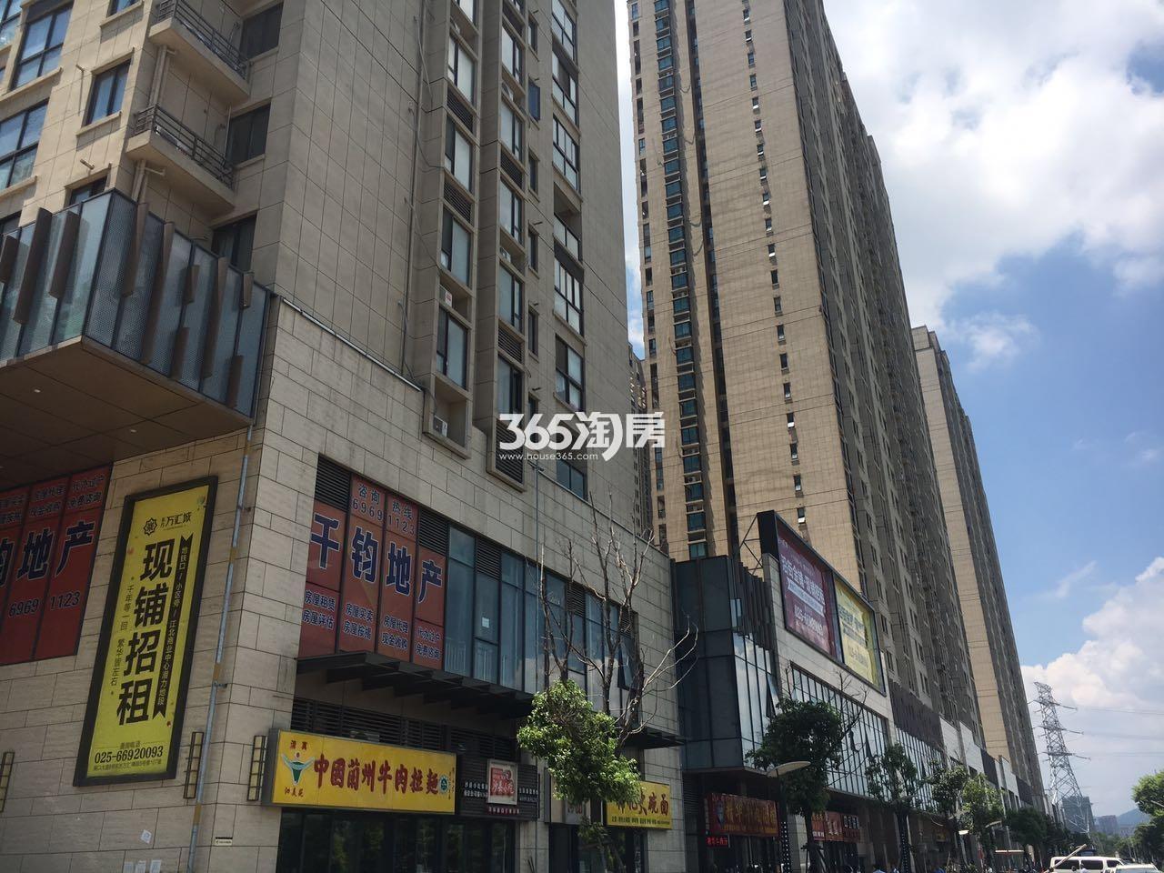 东方万汇城北区沿街底商实景图(7.20)