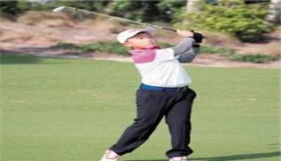 10岁高尔夫神童拿4个全