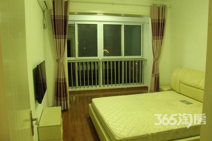南京国际画家村2室1厅1卫63平米豪华装产权房2009年建