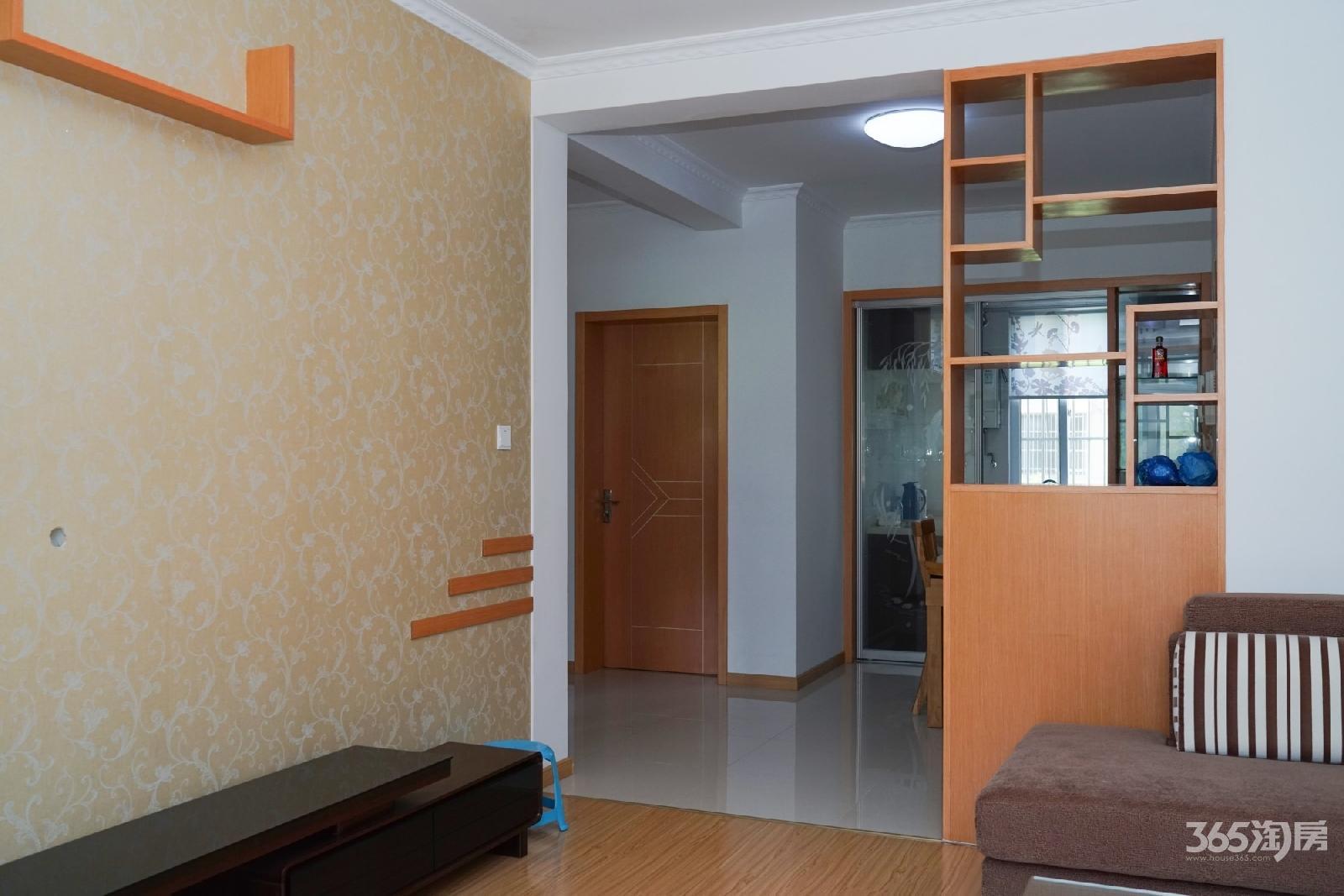 二手新房未居住未出租 6层的3楼  满5  设施齐全 价可谈