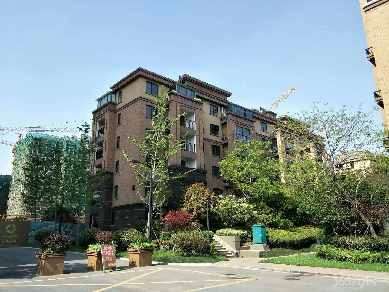 天悦容城3室2厅2卫118.65平米0年产权房毛坯