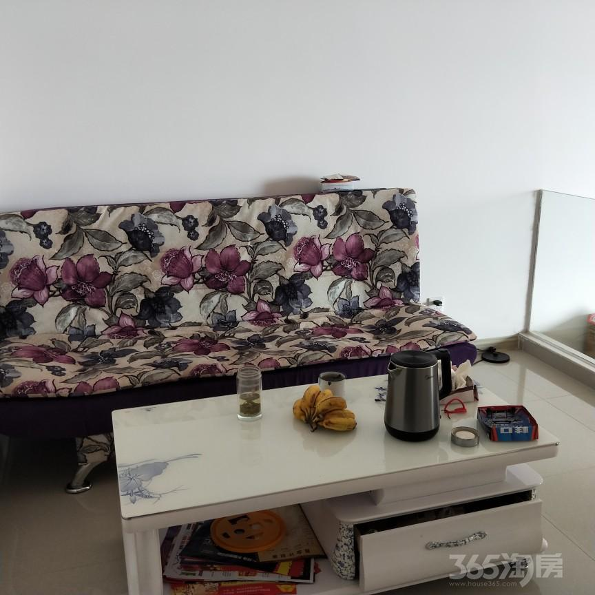 龙光阳光海岸1室1厅1卫60平米整租精装