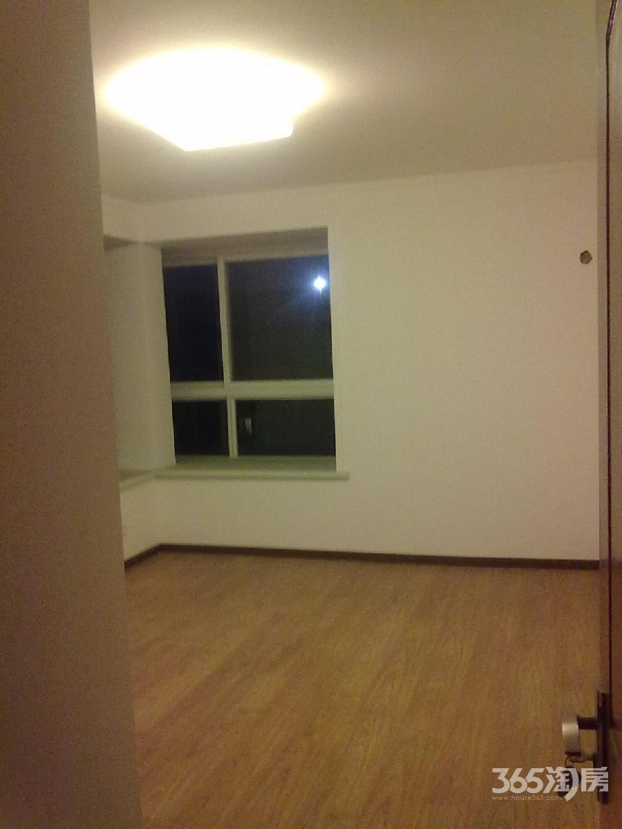 武夷绿洲3室3厅2卫124平方产权房简装
