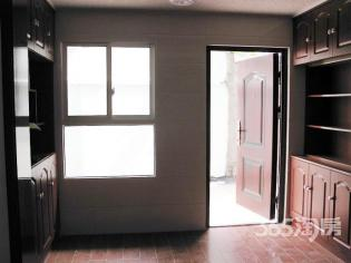 新街口商圈金銮巷小区2室1厅双南采光好精装房