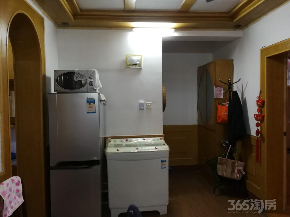 雨山五村2室1厅1卫65平米2000年产权房精装