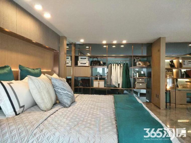高新区核心位置祥源城银泰城湖山小筑 唯一5.4米挑高公寓