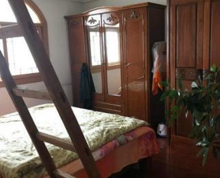 星光花园3室2厅2卫132平方产权房精装