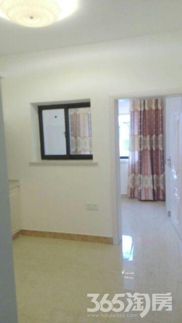 湖北路小区2室2厅1卫47平米1995年产权房精装