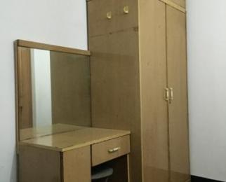 黑龙江路小区3室1厅1卫12�O合租不限男女简装