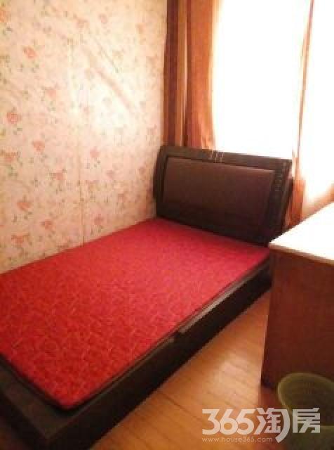 红山路小区3室1厅1卫90平米整租精装