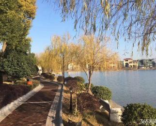 丽池骊湖、一池一湖、一墅一人生、世外桃源!