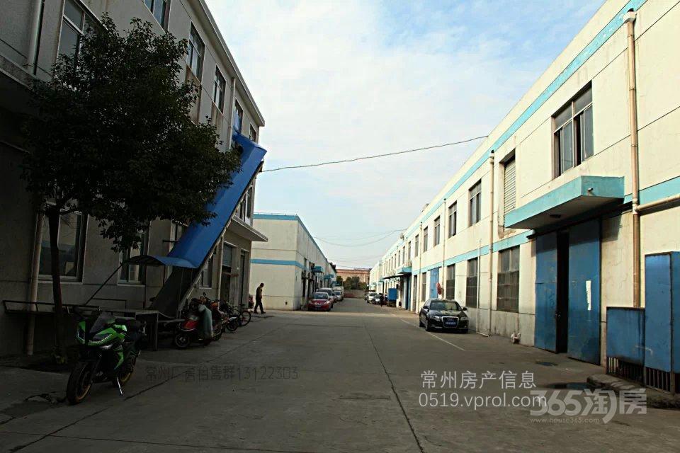 三井工业园885㎡车间仓库整租,位于二层