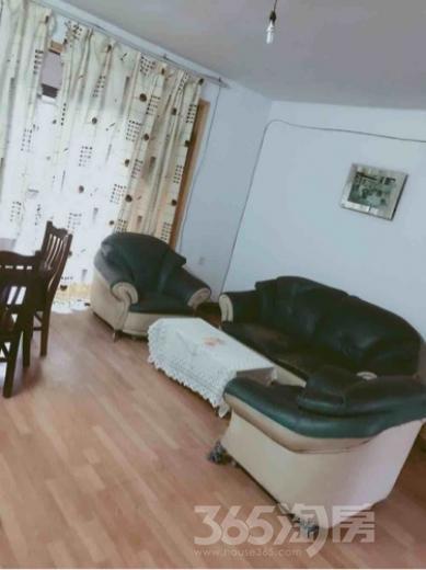 长欣公寓3室1厅1卫114平米合租精装