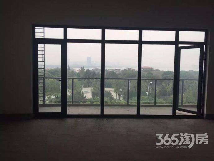 山水茗苑3室2厅2卫140平方产权房毛坯