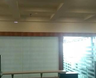 滨湖要素大市场对面 滨湖CBD临滨苑 97平 精装修 朝南 诚心租