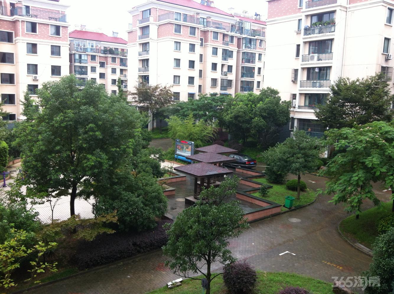 钱塘望景花园2室2厅1卫96平米毛坯产权房2007年建