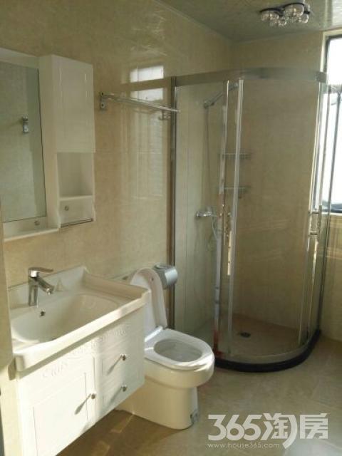 中央城3室2厅1卫137平米整租精装