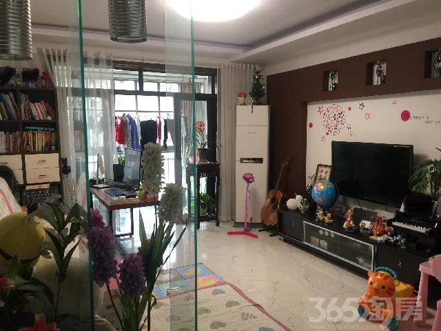 香樟雅苑2室2厅1卫93㎡满两年带地下车位和自行车库