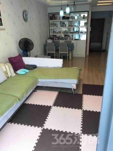 信德华府2室2厅1卫74.62平米精装产权房2012年建满五