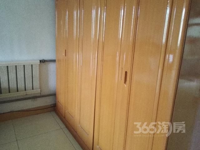 吉源花园2室2厅1卫105�O满两年产权房精装