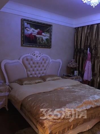 融侨馨苑4室2厅2卫162�O2008年产权房精装