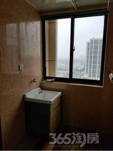 东方万汇城1室2厅1卫52平米精装产权房2014年建