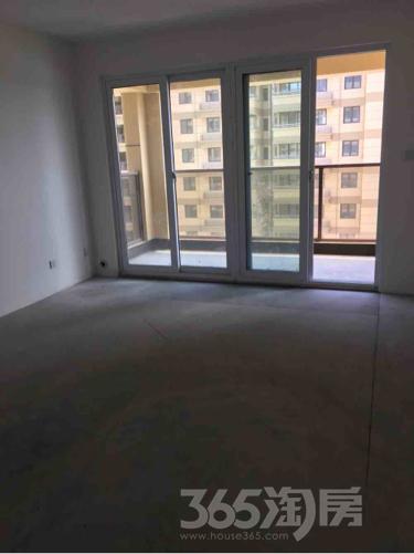 城开新都雅苑4室2厅2卫130平米整租毛坯