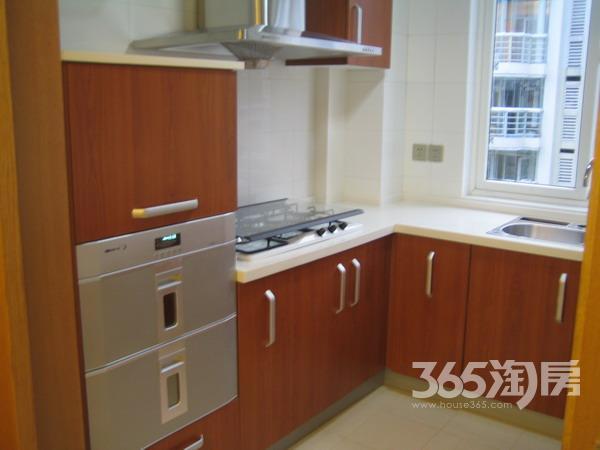鸿信清新家园2室2厅1卫92平方产权房精装