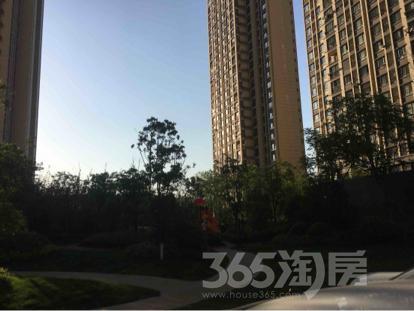 旭辉东壹区3室2厅1卫97平米毛坯产权房2016年建