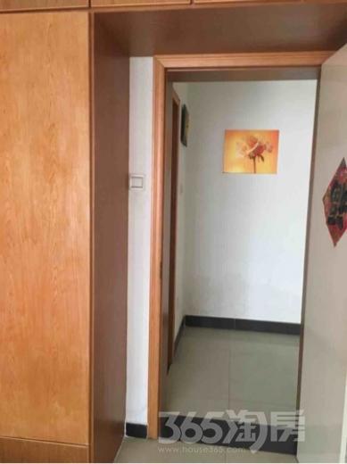 静安新城3室2厅1卫92平米整租精装