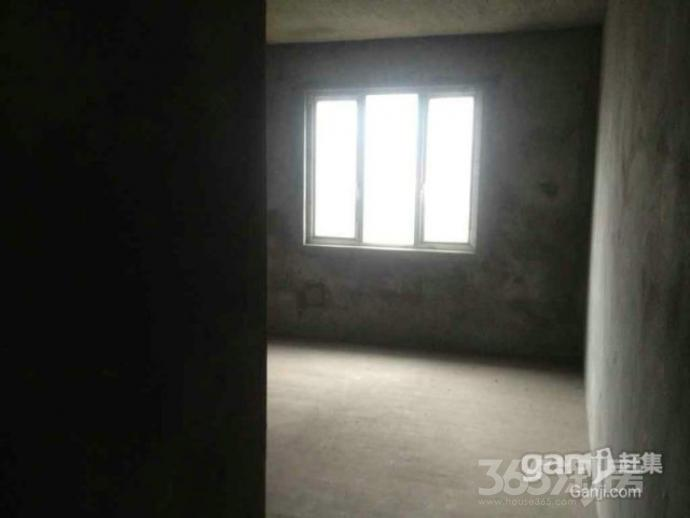钻石湾地中海阳光2室1厅1卫107平米整租毛坯