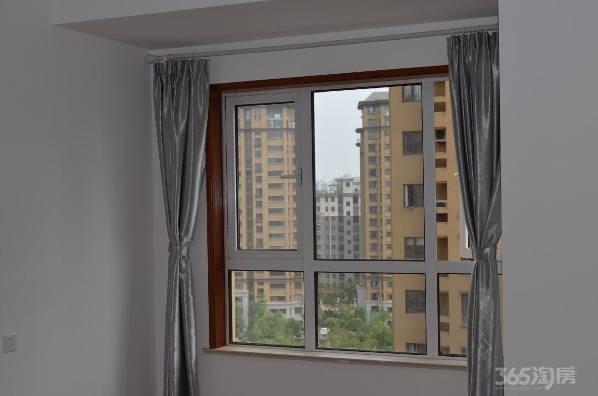 荣盛香堤荣府3室2厅1卫100平米整租精装
