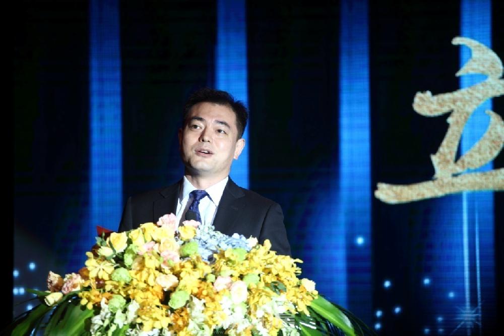 雅居乐地产集团南京区域副总裁兼润扬事业部总经理徐渊先生致辞