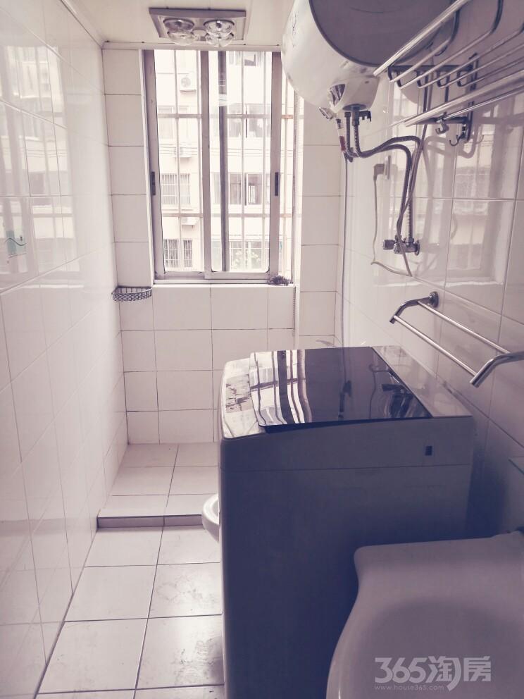 东环路地铁站、欧尚超市旁徐家浜北二村3室1厅1卫精装出租