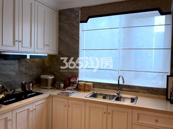 龙湖九里晴川158平联排别墅样板间厨房